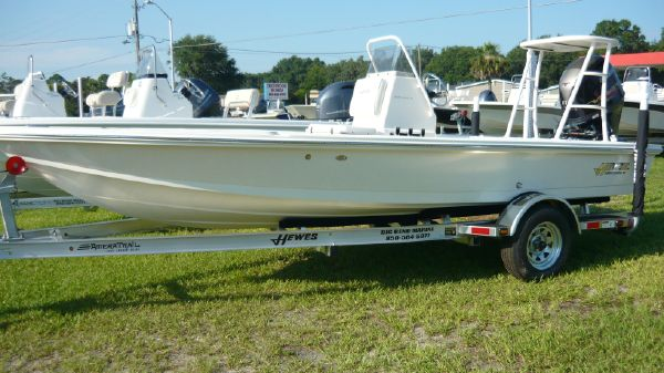 Hewes Redfisher - 18'
