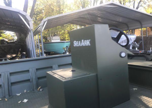 SeaArk 2072 Workhorse image