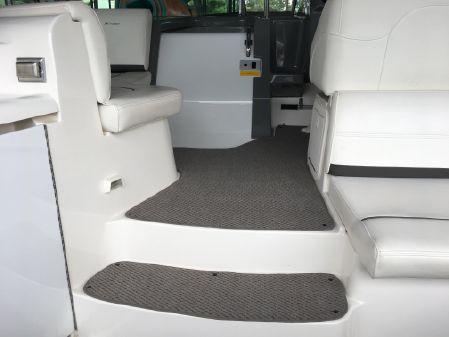 Cruisers 340 Express image