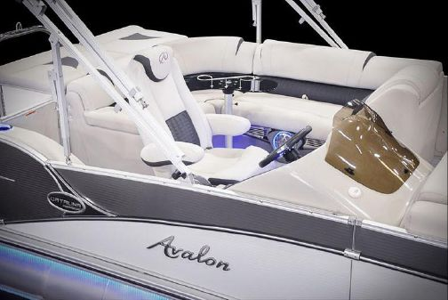 Avalon Catalina Platinum Cruise - 25' image
