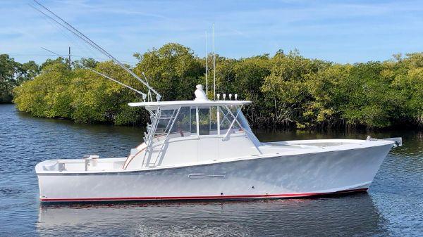 Custom Billy Knowles Walkaround Sportfish