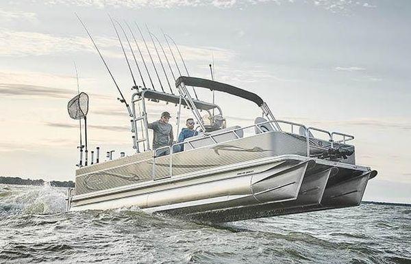 2020 Angler Qwest 822 Catfish Pro