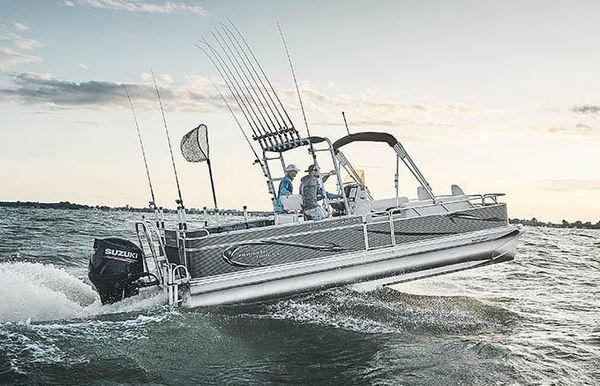 2020 Angler Qwest 824 Catfish Pro DLX