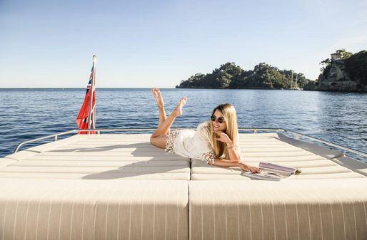 Sunseeker 74 Sport Yacht image