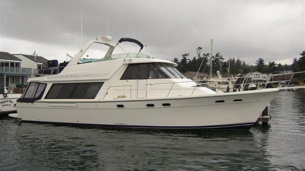Bayliner 4788 Pilothouse Motor Yacht
