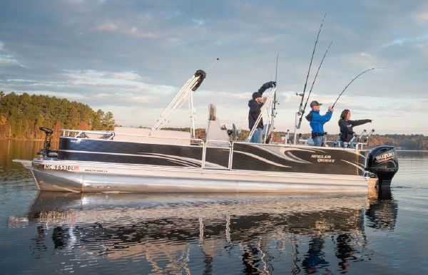 2020 Angler Qwest 824 Catfish LT