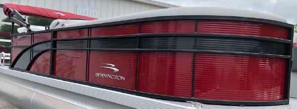 Bennington 22 SSLX image