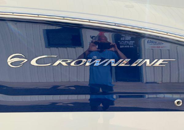 Crownline 264 CR image