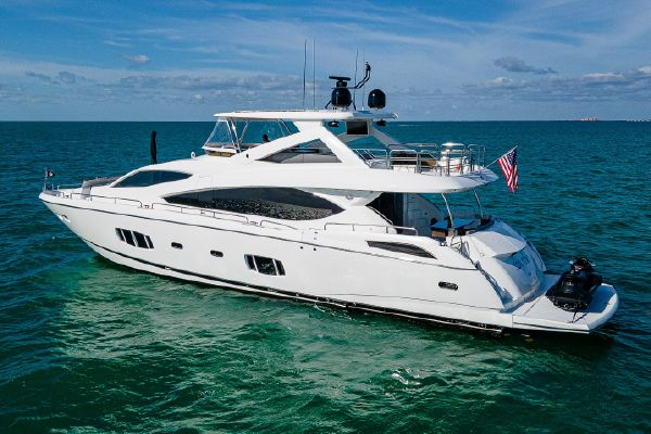 Sunseeker 88 Yacht - main image