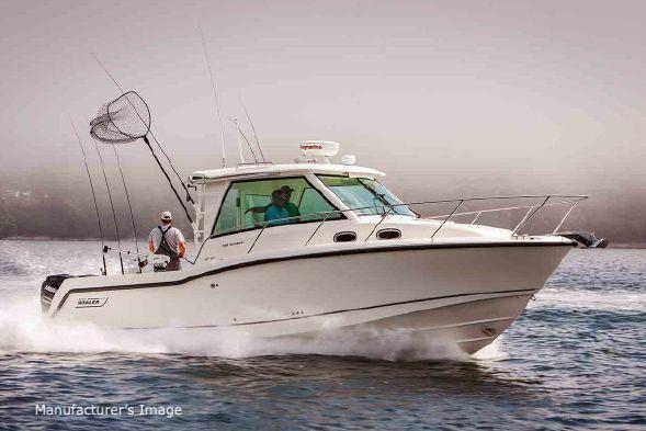 Boston Whaler 315 Conquest Pilothouse - main image
