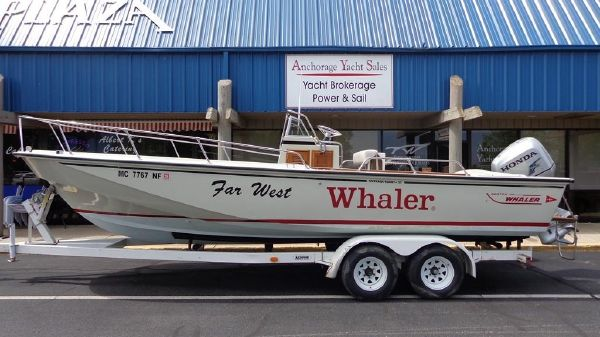 Boston Whaler 25 CC