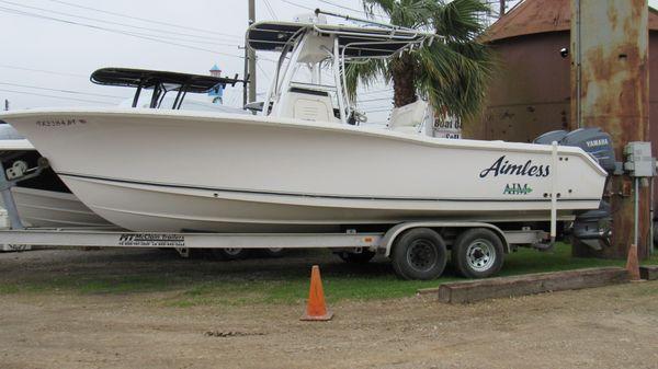 Sea Hunt Triton 260