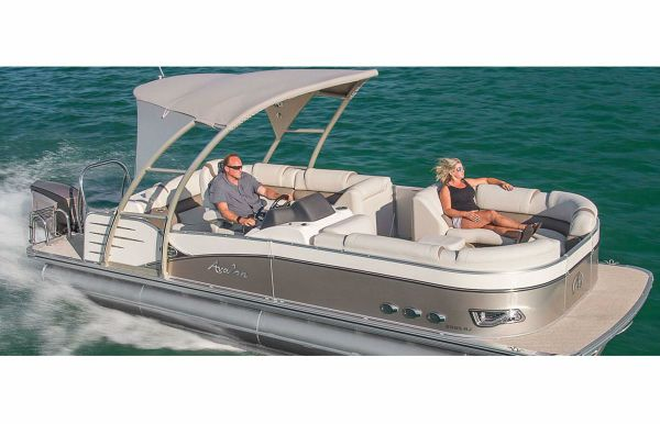 2018 Avalon Catalina Platinum Rear J Lounge - 25'
