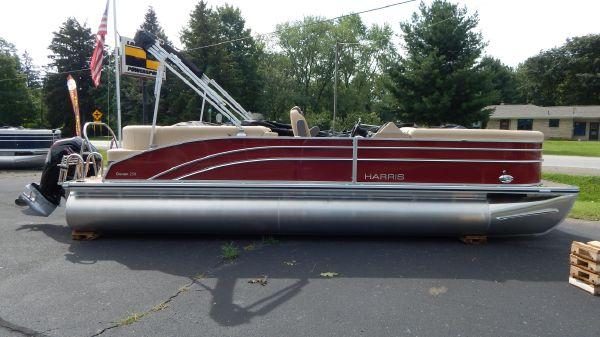 Harris Cruiser 250 Tri