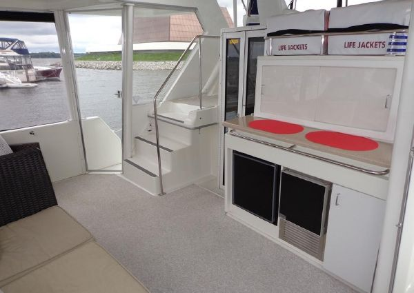 Carver 445 Aft Cabin Motor Yacht image