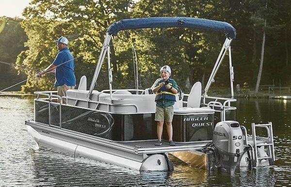 2020 Angler Qwest 818 Panfish
