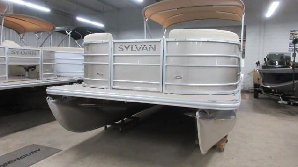 Sylvan Mirage 8522 Cruise