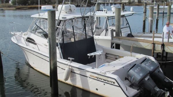 Grady-White Marlin