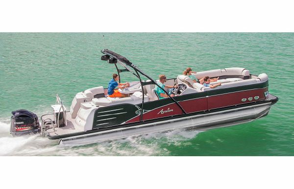 2019 Avalon Catalina Platinum Entertainer - 27'