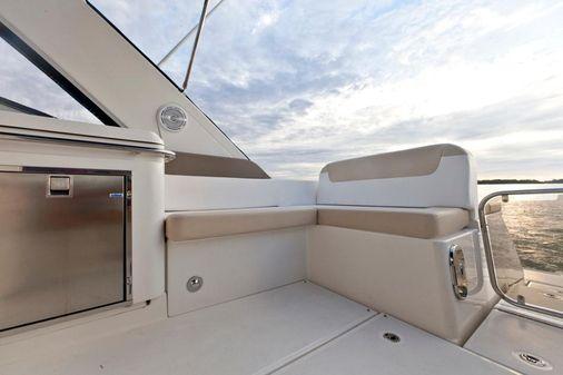 Sea Ray 370 Venture image