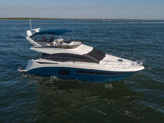 Sea Ray 510 Fly - main image