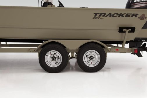 Tracker Grizzly 2072 CC image