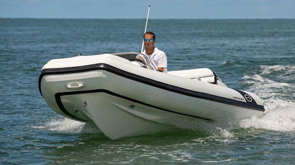 Walker Bay Generation 450 DLX