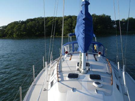 Catalina 36 Tall Rig image