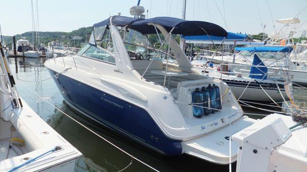 Monterey 322 Cruiser w 425 HRS