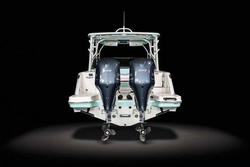 Robalo R317 Dual Console image