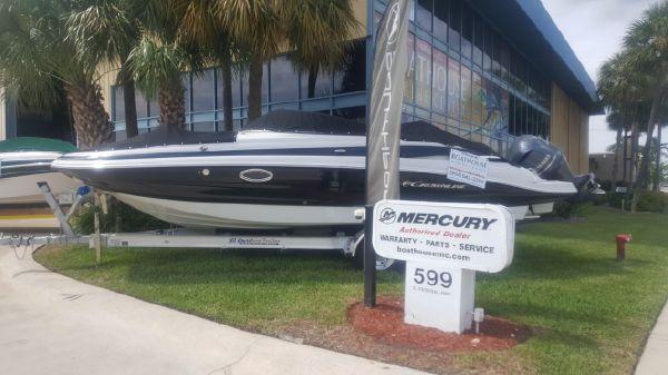 Crownline E6 XS - Florida Boat