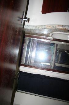 Silverton 41 Aft Cabin image