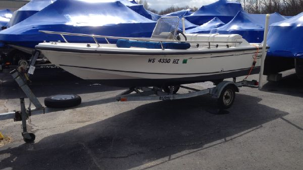 Boston Whaler 15 FT RAGE JET BOAT BOSTON WHALER RAGE.JPG