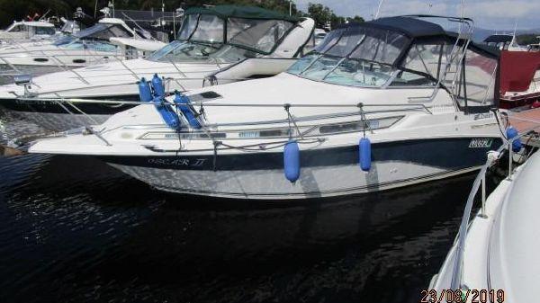 Cruisers Yachts 2670 Holiday