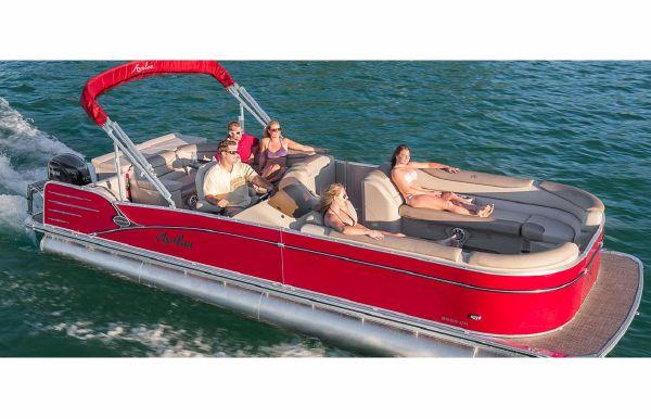 2018 Avalon Catalina Elite - 25'