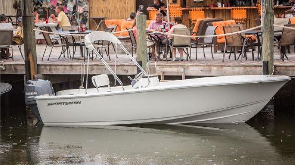 Sportsman Boats 19 ISLAND REEF