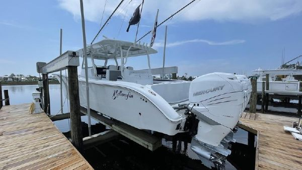 Yellowfin 42 Offshore