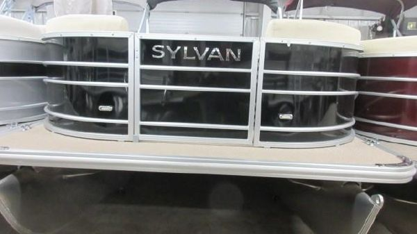Sylvan MIRAGE 8522 CRUISE N FISH