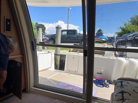 Cruisers Sport Series 5000 Sedan Sport image