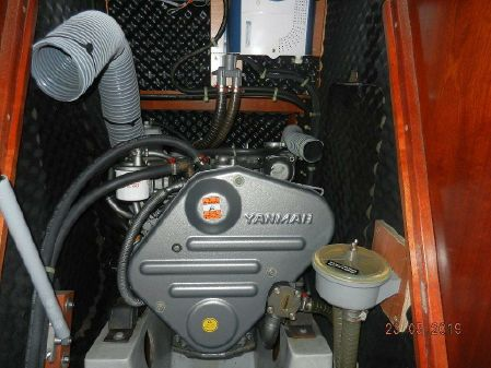 Beneteau Oceanis 423 image
