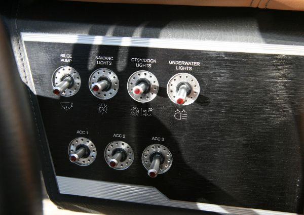 Four Winns HD220 OB image