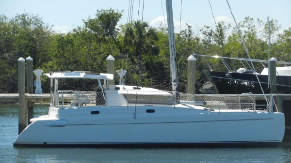 Fountaine Pajot Tobago 35 Profile