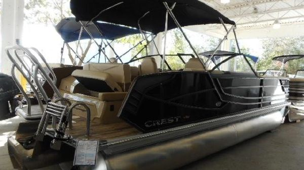 Crest Continental 250 L Pontoon