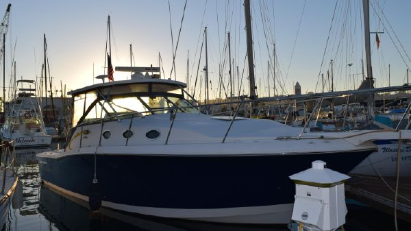 Wellcraft Coastal 330