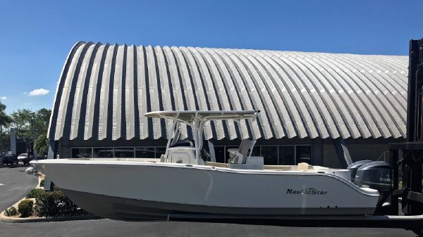 NauticStar 28 XS Center Console 2017 NauticStar 28 XS Center Console Saltwater Fishing Offshore Boat For Sale