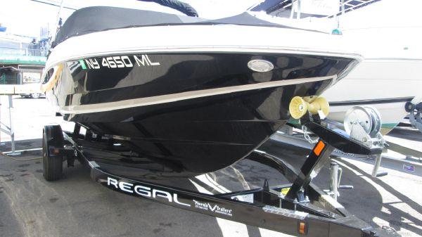 Regal 2000 ES Bowrider