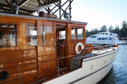 Classic John Winslow Motoryacht image
