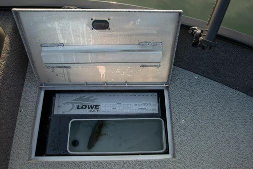 Lowe FM 1775 WT image