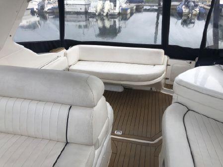 Sealine S28 Sports Cruiser image