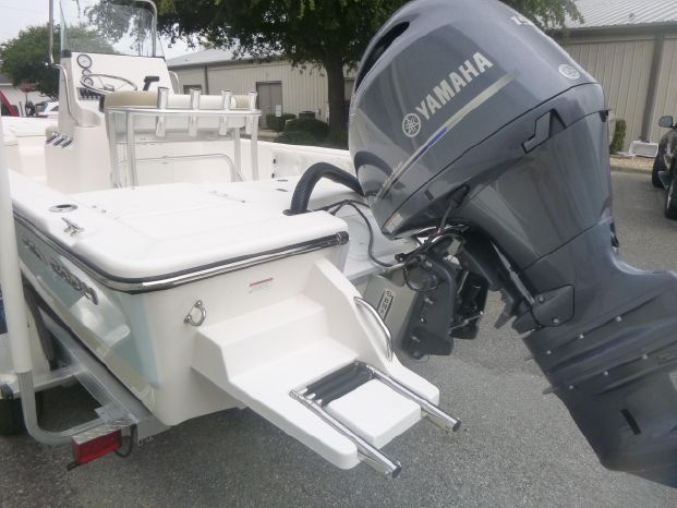 2019 Sea Born FX21 Sport Destin, Florida - Gregg Orr Marine